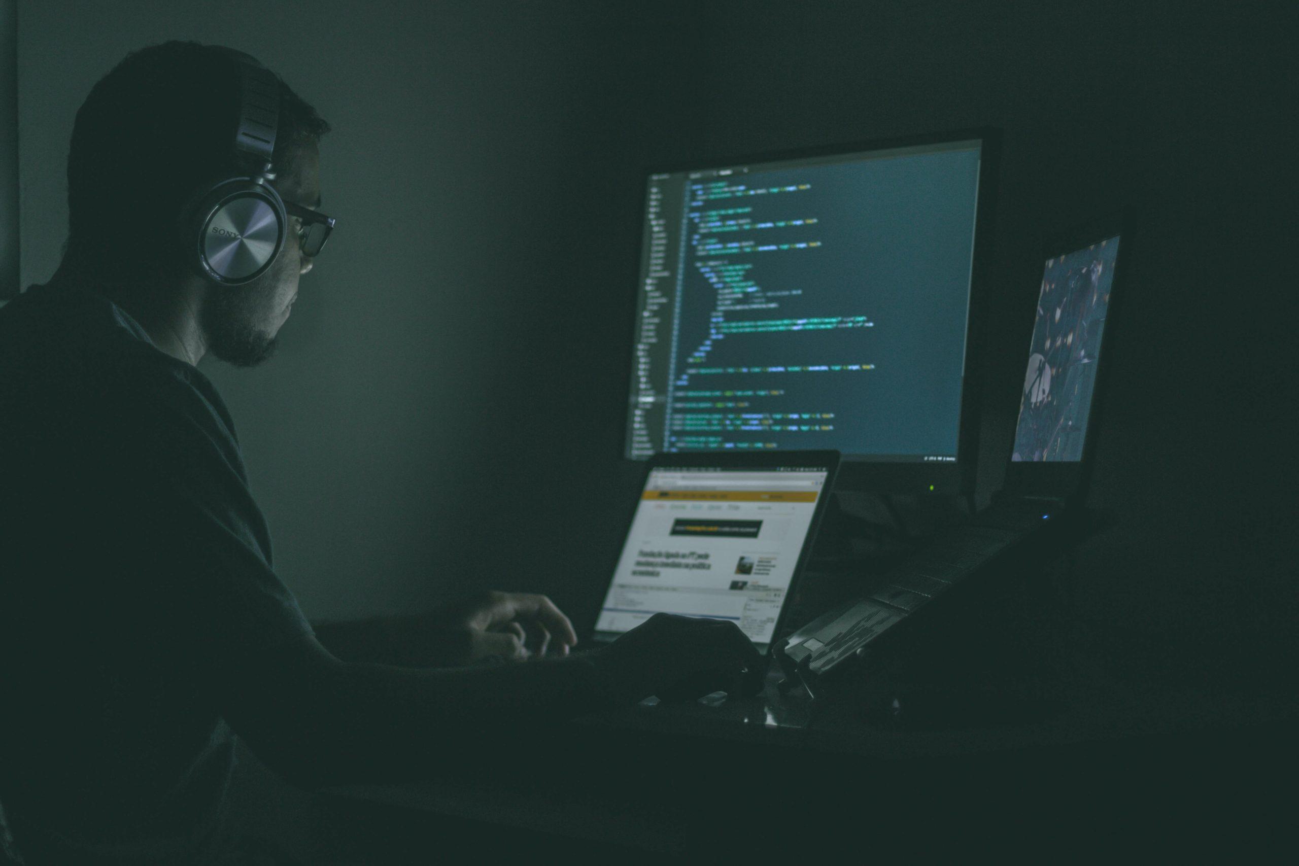 Hur kan du skydda ditt företag mot ökande cyberattacker?